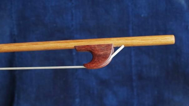 alto-viol-bow-frog-2